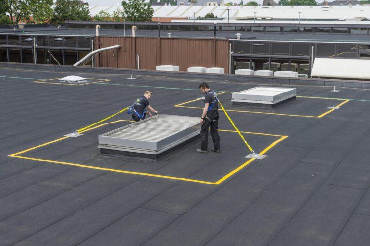 veiligheidsmarkeringen op het dak