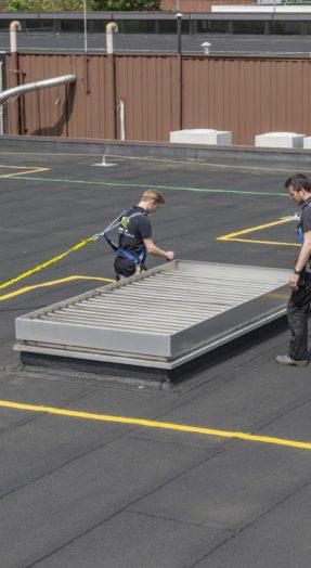 veiligheidsmarkeringen op plat dak